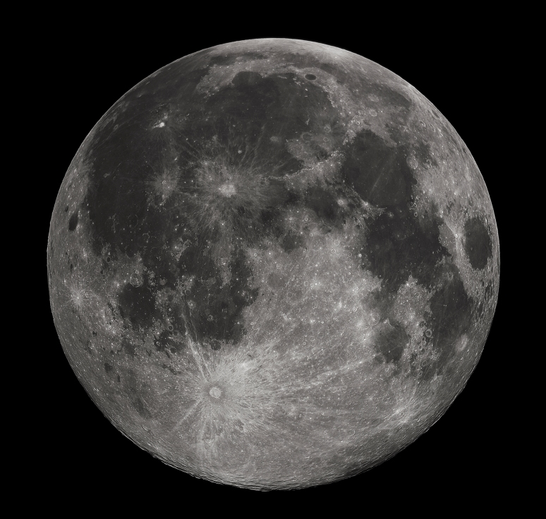 Gregory H. Revera - Own work Full Moon photograph taken 10-22-2010 from Madison, Alabama, USA. Photographed with a Celestron 9.25 Schmidt-Cassegrain telescope. Acquired with a Canon EOS Rebel T1i (EOS 500D), 20 images stacked to reduce noise. 200 ISO 1/640 sec.